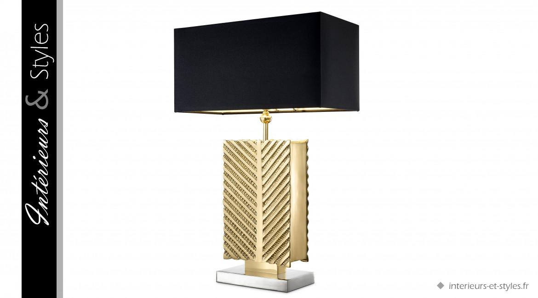 Lampe de salon Matignon signée Eichholtz, en métal dorée