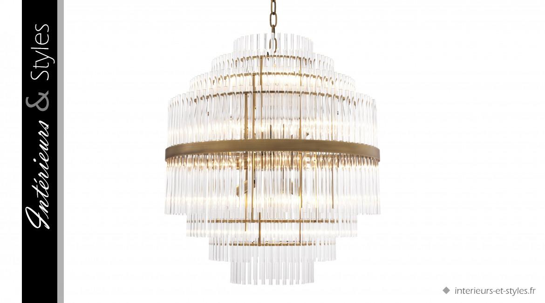 Lustre East signé Eichholtz, ambiance Art Déco en laiton doré et pampilles de verre cristalin