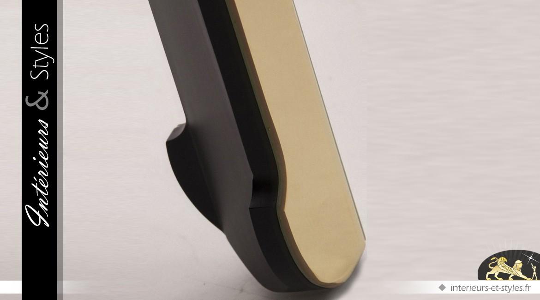 Table design carrée en miroirs dorés et biseautés
