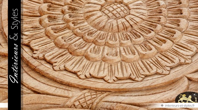 Table basse design inox argent et plateau mindi sculpté
