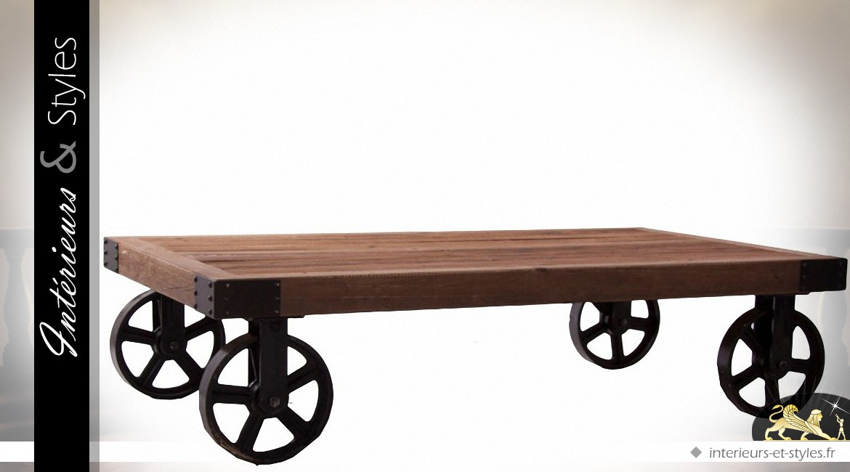 Grande table basse style draisine bois recyclé et métal plein