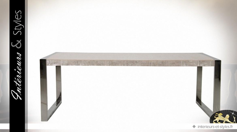 Table basse design structure chrome et plateau finition nacre