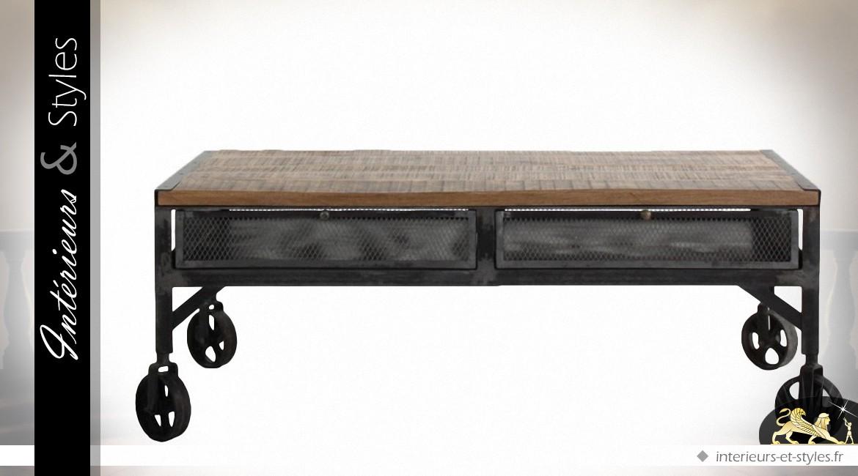 Table Basse Industrielle Sur Roulettes En Bois Et Métal à 2