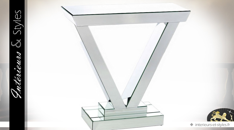 console design en v habillage miroirs biseaut s int rieurs styles. Black Bedroom Furniture Sets. Home Design Ideas