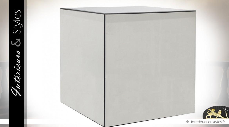 Table basse design cube en miroir