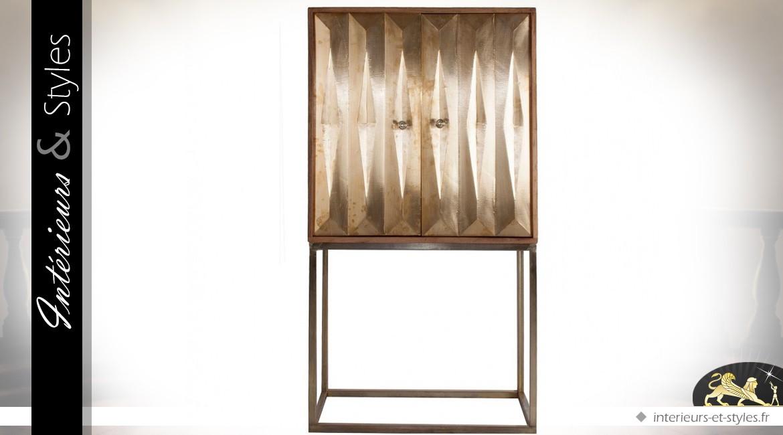 meuble bar design avec faade en relief finition dore - Meuble Bar Design