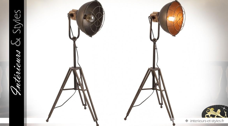 Lampadaire spot industriel vintage en métal 135 cm