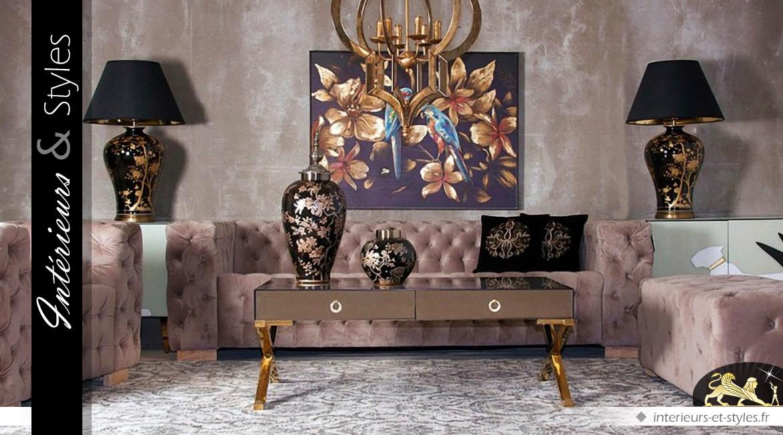 Table basse rectangulaire habillée de toile beige capitonnée