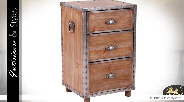 table de chevet de style industriel en bois et m tal vieilli int rieurs styles. Black Bedroom Furniture Sets. Home Design Ideas