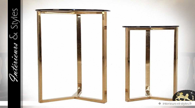 Set de 2 tables rondes d'appoint design en métal doré