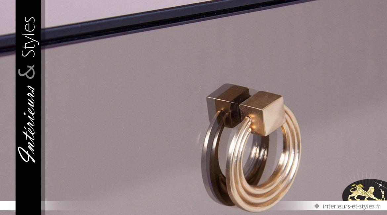 Table basse design en miroir et métal doré