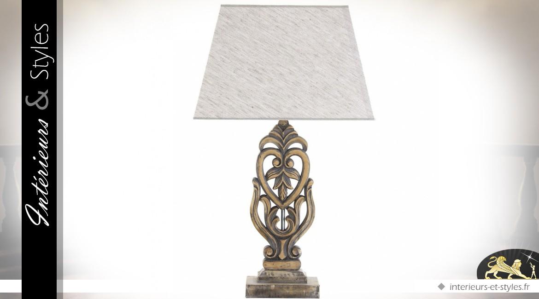 Lampe de salon en bois sculpté doré vieil or et abat-jour gris clair 69 cm