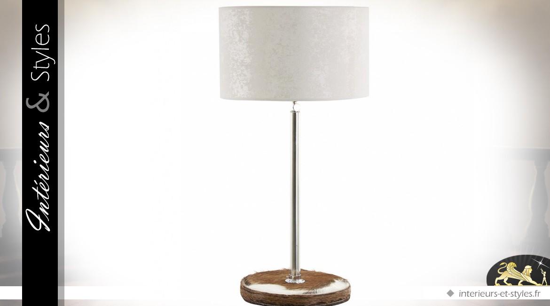 Lampe chromée avec base en fourrure et abat-jour blanc 68 cm