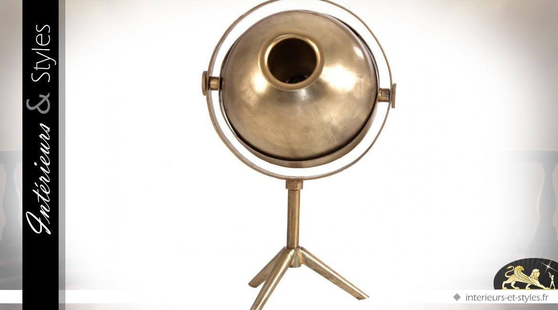 Grande lampe de style rétro en laiton doré et vieilli 80 cm
