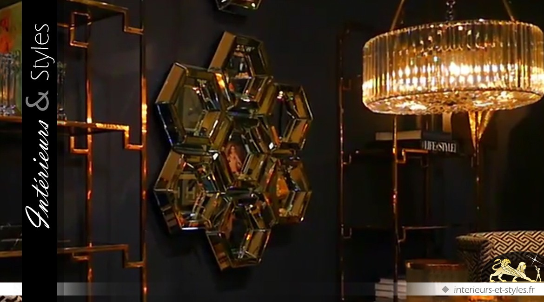 Miroir design nid d'abeilles en métal doré et argenté