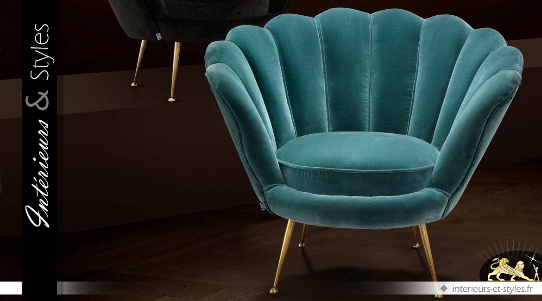 Fauteuil rétro Art Déco en tissu coloris turquoise