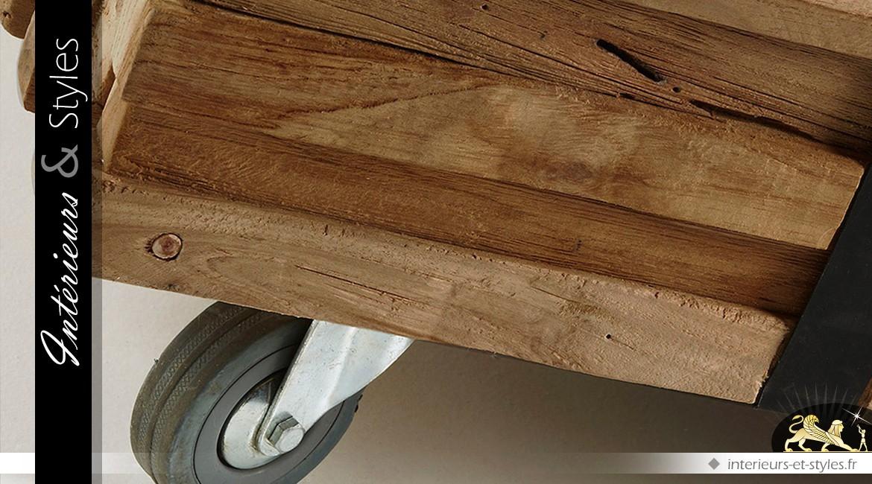 Table basse style indus tasseaux sur roulettes 110 x 70 cm