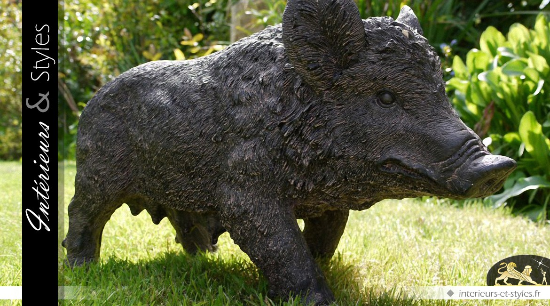 Sculpture animalière d'un sanglier