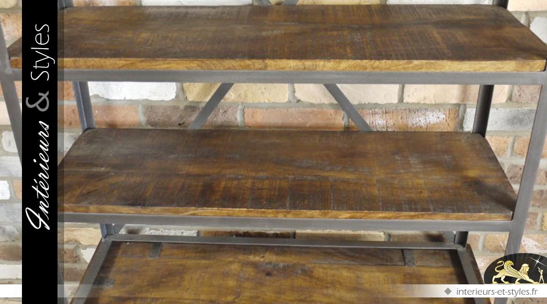 Etagère bibliothèque de style industriel en bois et métal