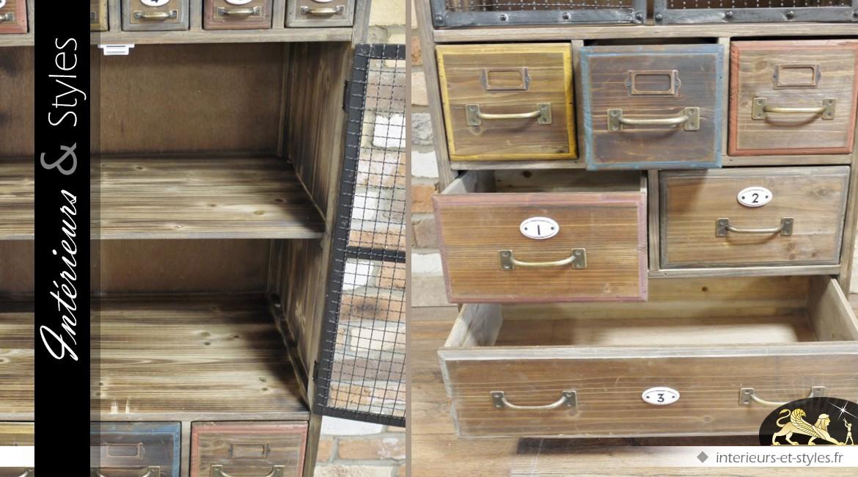 Armoire / buffet de métier en bois de style rétro