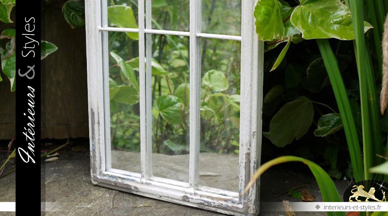 Miroir fenêtre art gothique en bois et métal blanc antique 120 cm