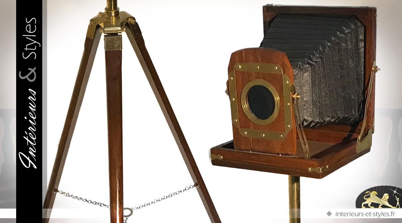 Grand appareil photo à soufflet en bois et laiton (140 cm)