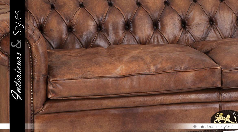 Canapé Chesterfield 3 places cuir de buffle teinte brun tabac 240 cm