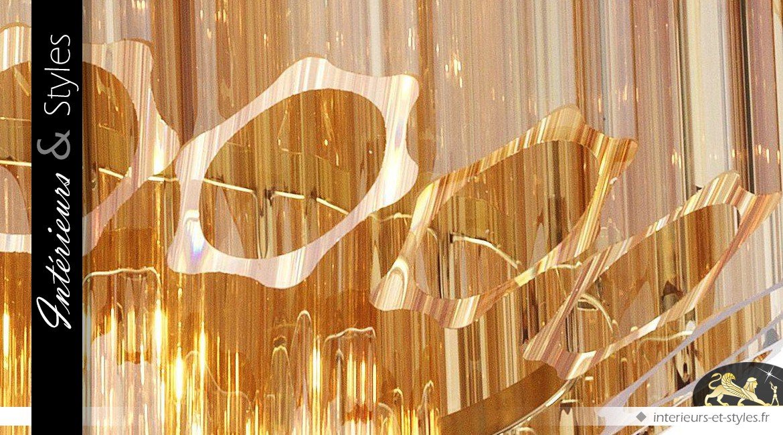Lustre Art Déco ambre dorée en tubes de verre biseautés sur 5 niveaux Ø 66 cm