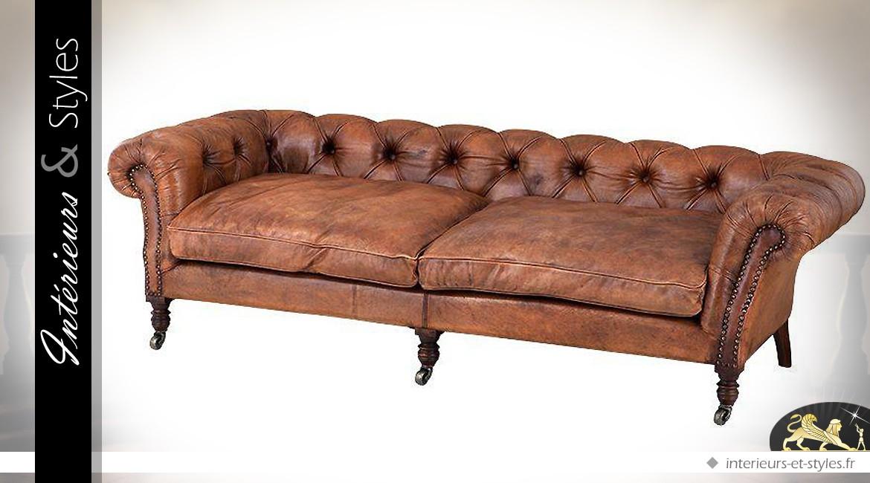 Canapé 3 places Chesterfield cuir de buffle teinte tabac 220 cm