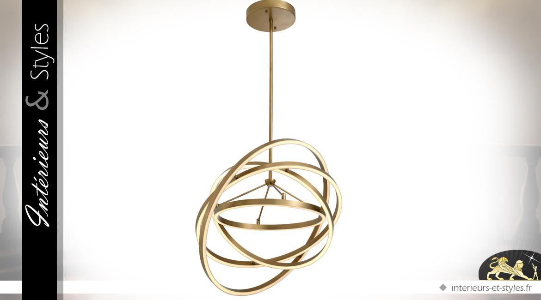 Suspension design dorée composée de 4 cercles concentriques mobiles Ø 90 cm