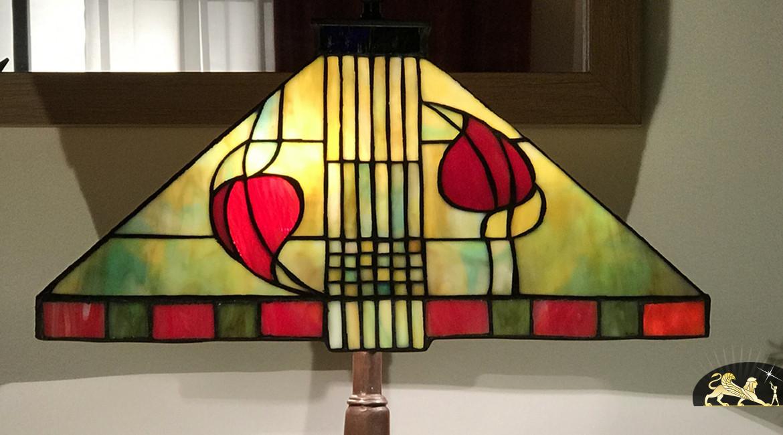 Lampe de prestige Tiffany : Parfums d'Orient - pièce carrée 40 cm