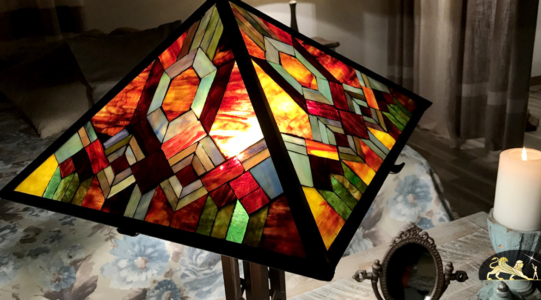 Belle lampe de salon Tiffany : Le brasier flamboyant - Ø50cm