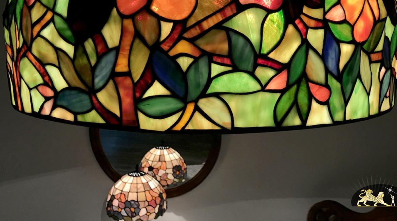 Grande suspension Tiffany : Terres sauvages - Ø52cm