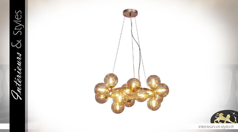 Lustre en métal doré et globes de verre, 15 feux, ambiance Art Déco, Ø58cm