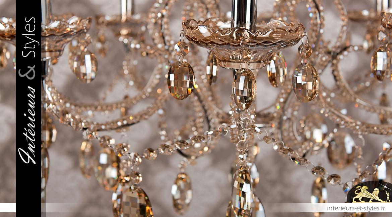 Lustre à pampilles teintées, Ø70cm / 8 feux, esprit Marie-Thérèse en verre sépia et métal chromé argent