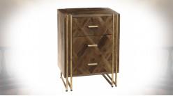 Table de chevet à 3 tiroirs en manguier marqueté et métal doré