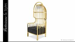 Fauteuil design Bora Bora Golden signé Eichholtz, en acier chromé doré et velours noir intense