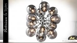 Suspension design composition de sphères en verre fumé