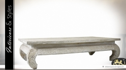 Table basse blanche orientale en mindi massif sculpté