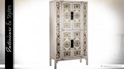 Armoire blanche 4 portes style exotique ornementations dorées