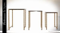 Série de 3 tables selettes design métal doré et verre noir
