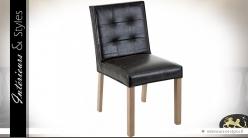 Chaise vintage finition cuir noir style minimaliste et design