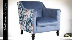 Fauteuil vintage chic velours bleu et tissu fleuri