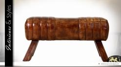Bout de lit cheval d'arçons en cuir havane brillant