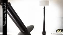 Lampadaire noir en bois tourné avec abat-jour blanc 175 cm