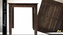 Table rustique carrée en bois de sapin vieilli 70 x 70 cm