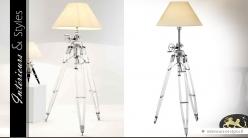 Lampadaire design et indus en métal chromé sur trépied 226 cm