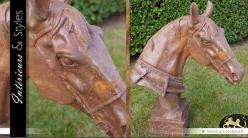 Sculpture de tête de cheval sur socle finition métal oxydée