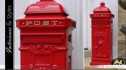 Boîte aux lettres anglaise colonne rouge