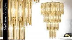 Lustre cascade de lumière dorée 4 niveaux 13 points de lumière 88 cm